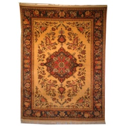 American Sarouk Design Carpet